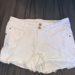 white jean shorts only worn once.